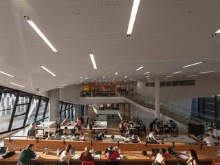 Selbststudienzonen und Ausblicke:  Schulen von BUSarchitektur