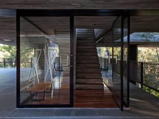 Casa   LM  : Corredores e halls de entrada  por Marcos Bertoldi