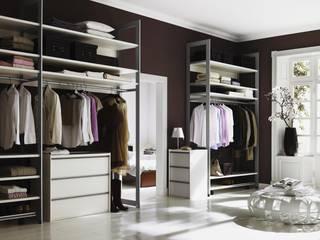 CARE MOBILIARIO MADRID,S.L. Eklektik Giyinme Odası
