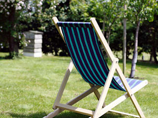 Deckchairs: minimalist  by Hen and Hammock, Minimalist