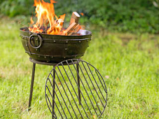Firebowls: colonial  by Hen and Hammock, Colonial
