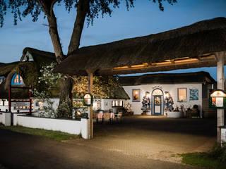 """Restaurant - Kochschule - Café """"Bi uns to Huus"""" Landhaus Gastronomie von Marschland Media & Arts Landhaus"""