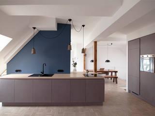 Kitchen: moderne Küche von Amelung - Craft and Design