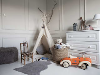 Scandinavian style nursery/kids room by Studio Inaczej Scandinavian