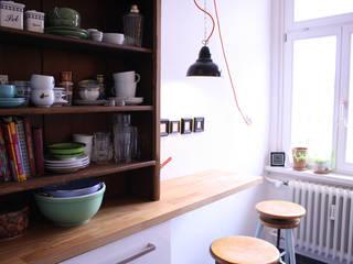 Kleine Industrielampe zur Beleuchtung der Bar:  Küche von JØLG Industrielampen