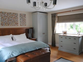 Detached house, Tunbridge Wells Classic style bedroom by Imogen Whyte Interior Design Classic