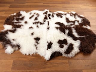 Multiple Natural Sheepskin: country  by Skyeskyns, Country