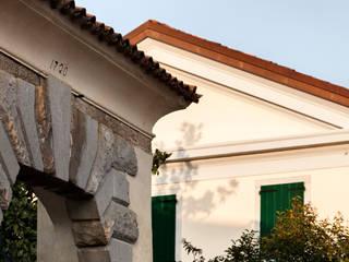 Il portale del 1720: Sedi per eventi in stile  di Paolo Coretti, architetto