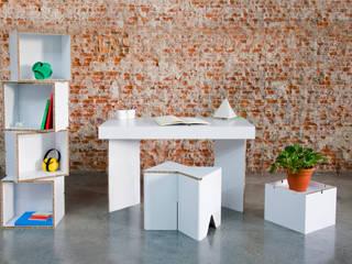 MUNERIX mesa de estudio:  de estilo  de CARDBOARD FURNITURE AND PROJECTS