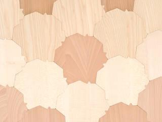 Massilia Ambra, parquet écaille - mélange de 4 essences :  de style  par Motif-Design