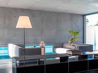 Maison contemporaine:  de style  par Inter-Faces