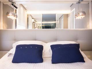 Joana & Manoela Arquitetura ห้องนอนเตียงนอนและหัวเตียง