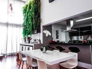 Apartamento Campo Belo: Salas de jantar  por SP Estudio ,Moderno