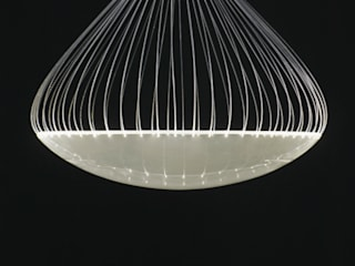 Shower Light: Shinya Ito & Kaori Yamamotoが手掛けたです。