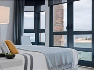 Dormitorios de estilo minimalista de SILVIA REGUERA INTERIORISMO Minimalista