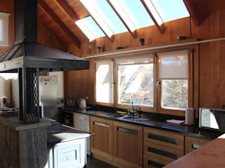 Cabaña Las Pendientes - Patagonia Argentina Cocinas clásicas de Aguirre Arquitectura Patagonica Clásico