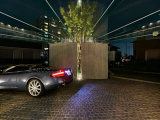 The Live Oak Place | ML豪邸建築特集225号掲載 モダンな 家 の Mアーキテクツ|高級邸宅 豪邸 注文住宅 別荘建築 LUXURY HOUSES | M-architects モダン