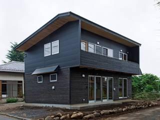 Rustic style house by 氏原求建築設計工房 Rustic