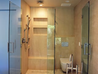 Modern bathroom by Erika Winters® Design Modern