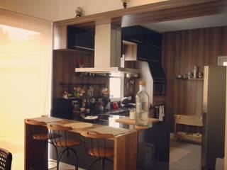 Projeto de Interiores - DG Cozinhas ecléticas por Paula Folim - Arquitetura e Interiores Eclético