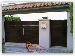 Puertas y Vallas Puertas y ventanas de estilo clásico de Cerrajeria cejisa Clásico