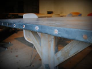 Zinc top Dining table: country  by Dove and Grey, Country