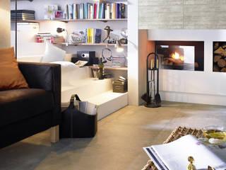 gemütlicher Wohnbereich: industriale Wohnzimmer von Fliesenmax GmbH & Co.KG