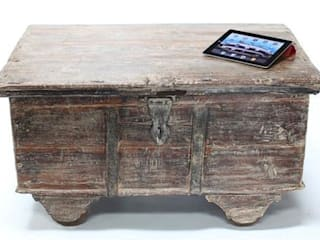 Vintage Wooden Trunk Vintage Archive Living roomStools & chairs