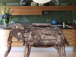 Antique Wooden Elephant Vintage Archive 藝術品雕刻品