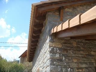 Casa prefabricada rústica en Huesca Casas de estilo rural de MODULAR HOME Rural