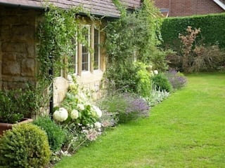 An Artists Garden, West Sussex Jardin industriel par Rebecca Smith Garden Design Industriel