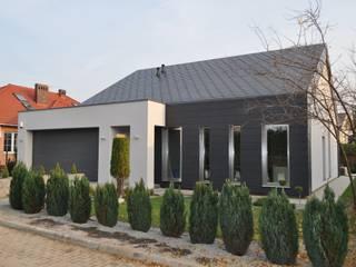 Dom w Gorzowie nr 2: styl , w kategorii Domy zaprojektowany przez STRUKTURA Łukasz Lewandowski