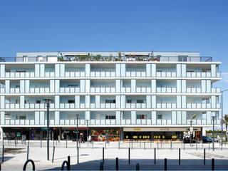 Armada & Santa Maria, La Seyne sur mer : Maisons de style  par CARTA ASSOCIES