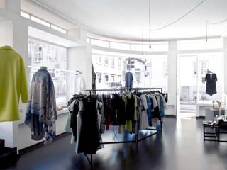 scar-id store: Lojas e espaços comerciais  por scar-id store