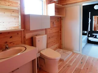 Phòng tắm phong cách chiết trung bởi 氏原求建築設計工房 Chiết trung