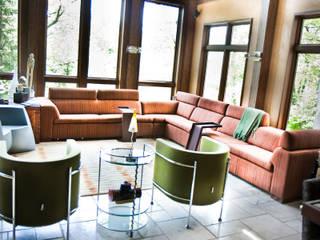 Salas / recibidores de estilo  por Cobo Design, Ecléctico