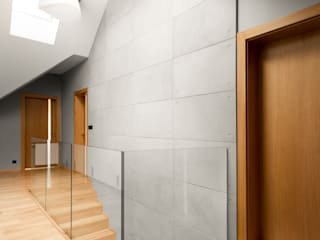 Modern walls & floors by Contractors Modern