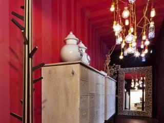 Pantry: Baños de estilo  por MARIANGEL COGHLAN