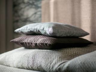 Aranżacja wnętrz sypialni, z kompleksowym wyposażeniem od Anna Buczny PROJEKTOWANIE WNĘTRZ Nowoczesny