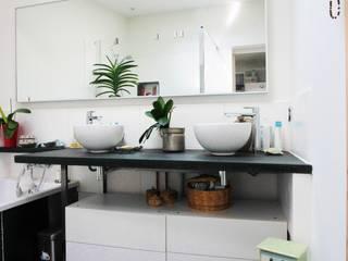 Baños de estilo  de Mint Design