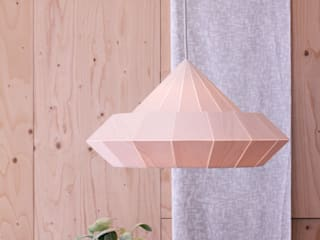 De nieuwe houten Woodpecker lamp:   door Snowpuppe
