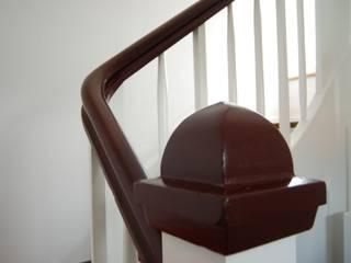クラシカルスタイルの 玄関&廊下&階段 の lauth : van holst architekten クラシック