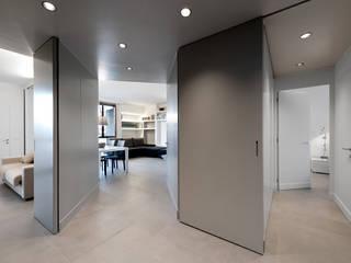 Corridor & hallway by Tommaso Giunchi Architect