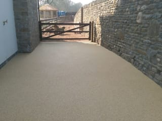 Domestic Driveways installation of resin bound paving Modern Walls and Floors by Permeable Paving Solutions UK Modern