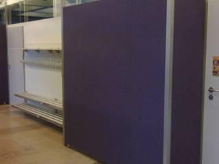 Modernisierung der Aula:   von BK Inneneinrichtung und Raumgestaltung