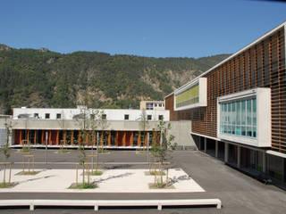 Lycée pro Beau de Rochas, DIGNE (04) ARCHITECTE NEVIERE Ecoles modernes