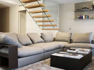 Corredores, halls e escadas minimalistas por Vetreria f.lli Paci Minimalista