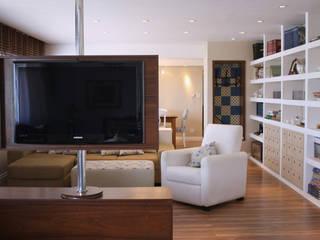 Apartamento | Curitiba | Paraná Salas de estar ecléticas por Graf Arquitetura & Interiores Eclético