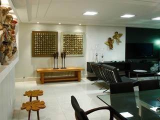 现代客厅設計點子、靈感 & 圖片 根據 Celia Beatriz Arquitetura 現代風