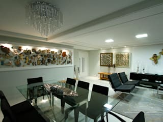 Dining room by Celia Beatriz Arquitetura, Modern
